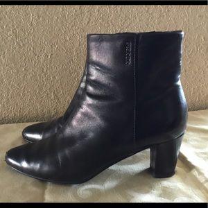 Prada leather ankle black boties sz. 37 $55